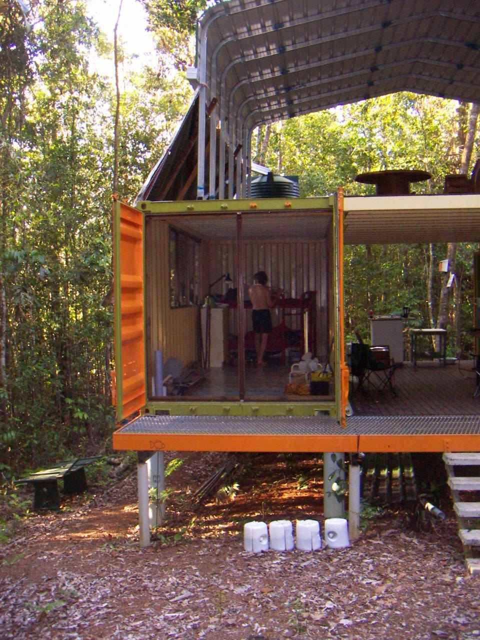 Shipping container home accommodation - Containers home ...